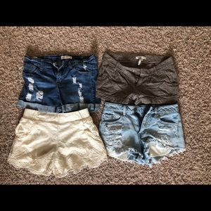 Bundle 4 pairs of name brand shorts